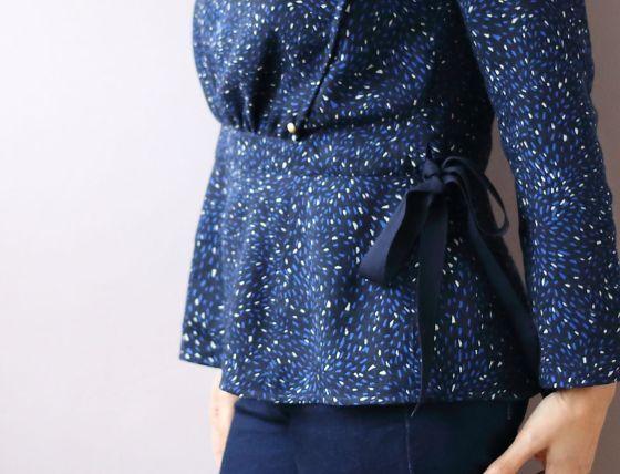 blouse Lola de République du chiffon featuring Jolies Bobines- le coussin du singe