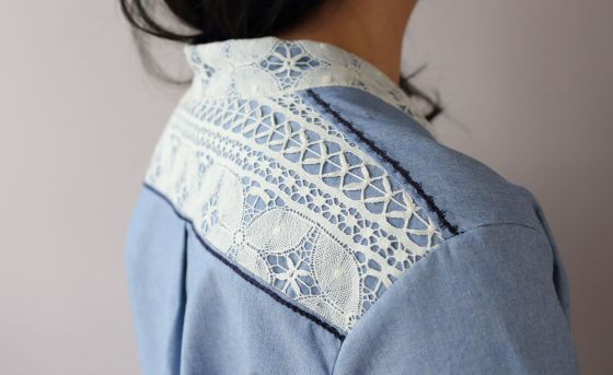 blouse Chic Birdy de Kitbyklo- le coussin du singe